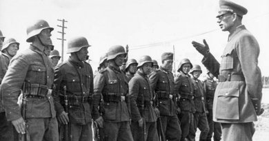 General Vlasov and soldiers of the ROA. Photo Credit: German Federal Archives, Wikimedia Commons