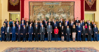 Family Photo of ASEM Foreign Ministers with His Majesty King Felipe of Spain [Photo credit: Ministry of Foreign Affairs]