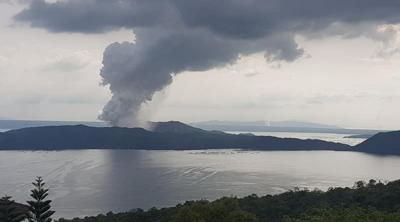 Explosion of Taal Volcano in Philippines. Photo Credit: Exec8, Wikipedia Commons
