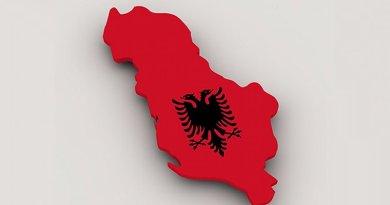 albania flag map