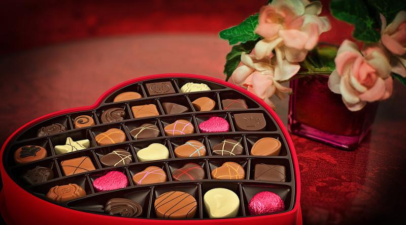 Valentine's Day Chocolates Candy Heart Love