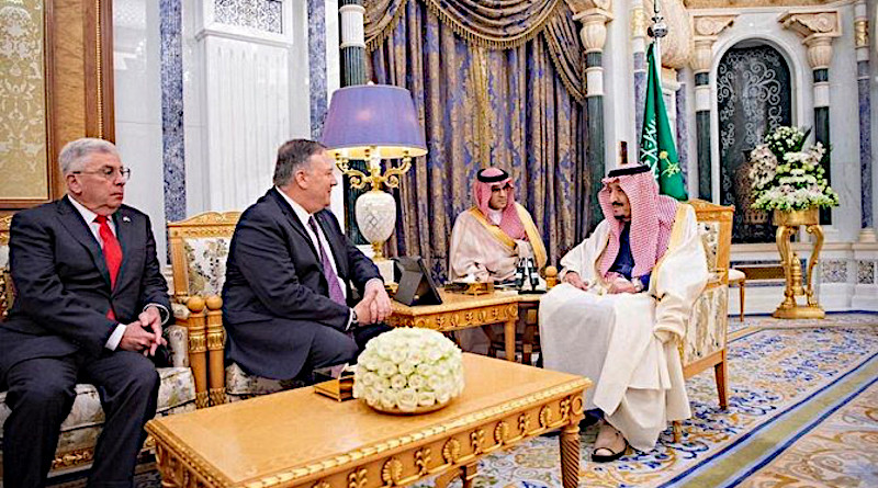 Saudi Arabia's King Salman receives US Secretary of State Mike Pompeo. (SPA)