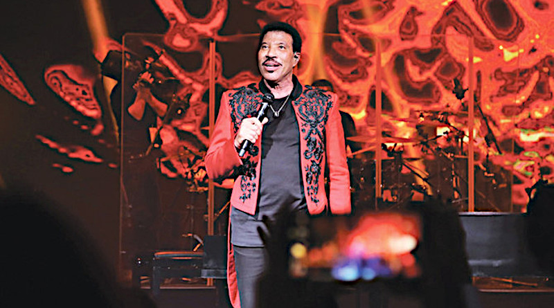 Lionel Richie performed to a sold-out crowd at Saudi Arabia's Maraya Concert Hall during AlUla's second Winter at Tantora festival. (Photo/Supplied)