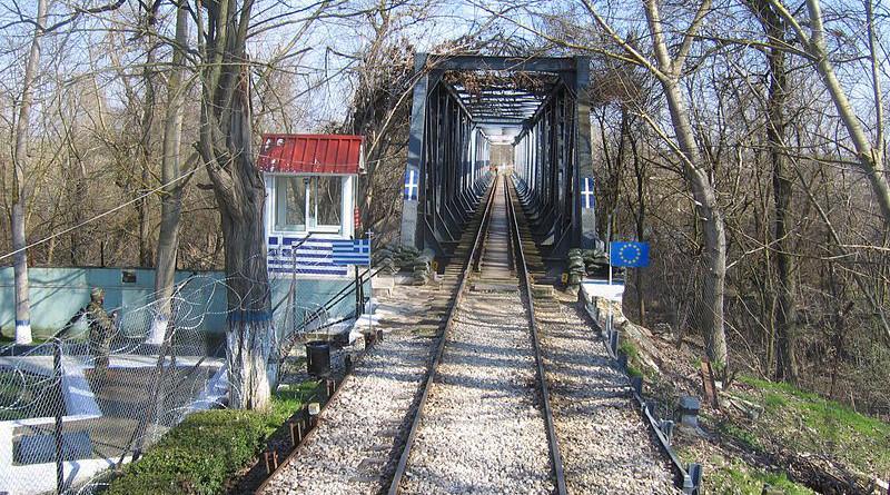 Border bridge between Greece and Turkey at Pythio. Photo: Reinhard Dietrich (Wikimedia Commons / CC BY-SA 3.0)