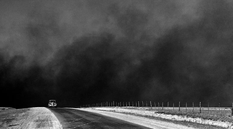 Dust Bowl Cloud Vintage Retro 1930'S Erosion Drought