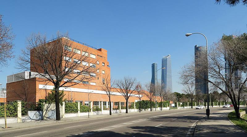 Hospital Carlos III in Madrid, Spain. Photo Credit: Malopez 21, Wikipedia Commons.