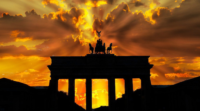Germany Brandenburger Tor Dusk Dawn Twilight Sunset Berlin