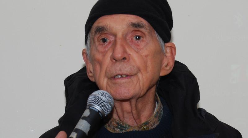 Father Daniel Berrigan. Photo Credit: Thomas Good / Next Left Notes, Wikipedia Commons