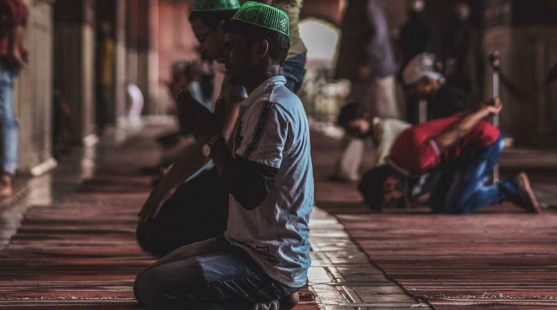 Muslims praying at Jama Masjid, Delhi, India. Photo by Mohd Danish Hussain at Unsplash.