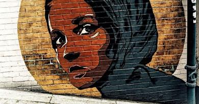 Street Wall Art Muslim Female Head Lady London