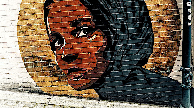 Street Wall Art Muslim Female Head Lady London