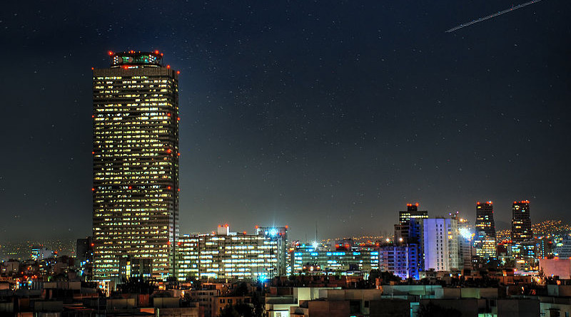 PEMEX Tower at night in Mexico City. Photo Credit: Eneas, Wikipedia Commons.
