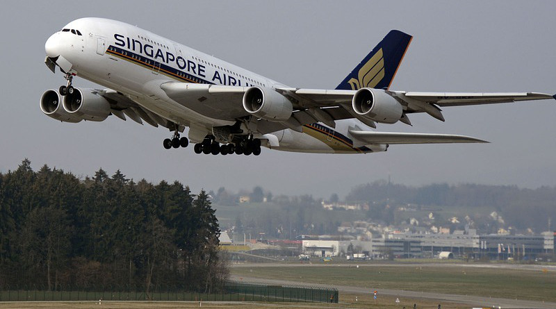 Singapore Airlines Airplane Aircraft Start Take Off Airbus Airbus 380 Airport