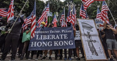 Hong Kong protesters march to the US consulate. Photo Credit: Studio Incendo, Wikipedia Commons