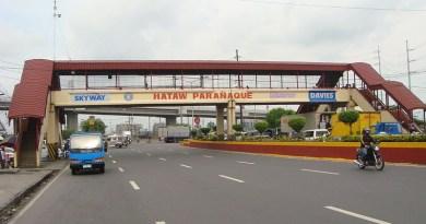 Paranaque City welcome marker in Metropolitan Manila, Philippines. Photo Credit: Ramon FVelasquez, Wikipedia Commons