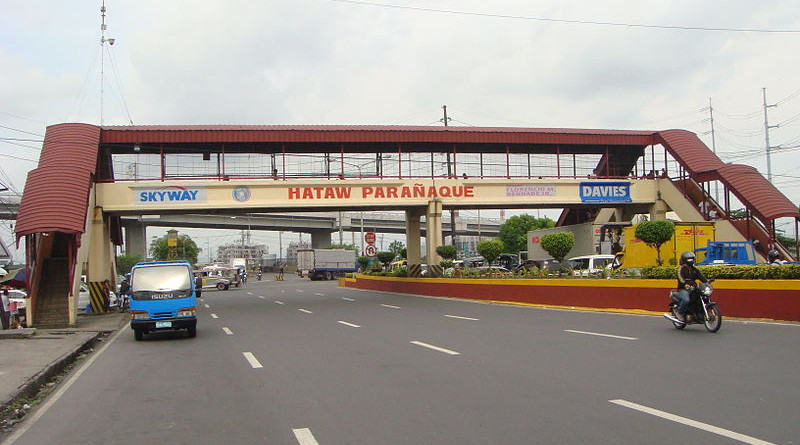 Paranaque City welcome marker in Metropolitan Manila, Philippines. Photo Credit: Ramon FVelasquez, Wikipedia Commons