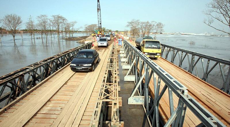 Flooding Lapindo Indonesia Disaster Bridge