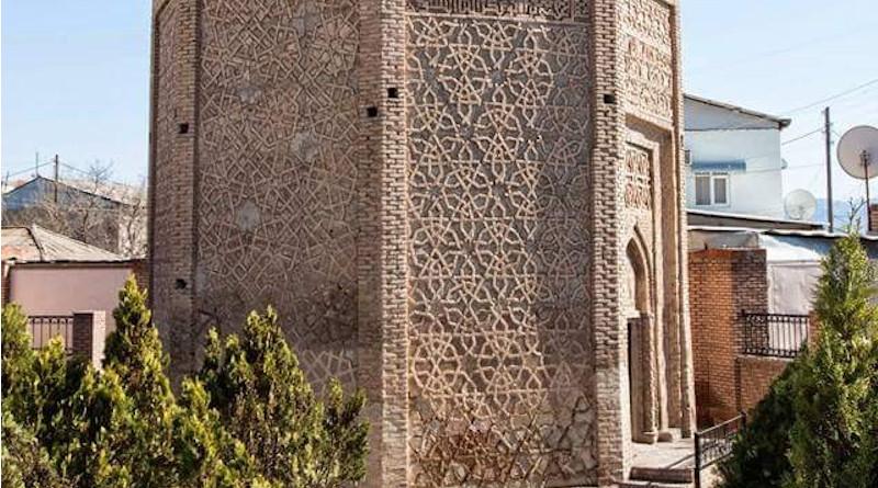 Detail of the tomb of Usif Kuseyir oglu in Nakhchivan