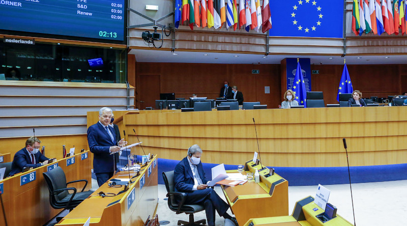MEPs debated the latest proposals to link EU funds to the respect of the rule of law with Council and the Commission. ©EP2020