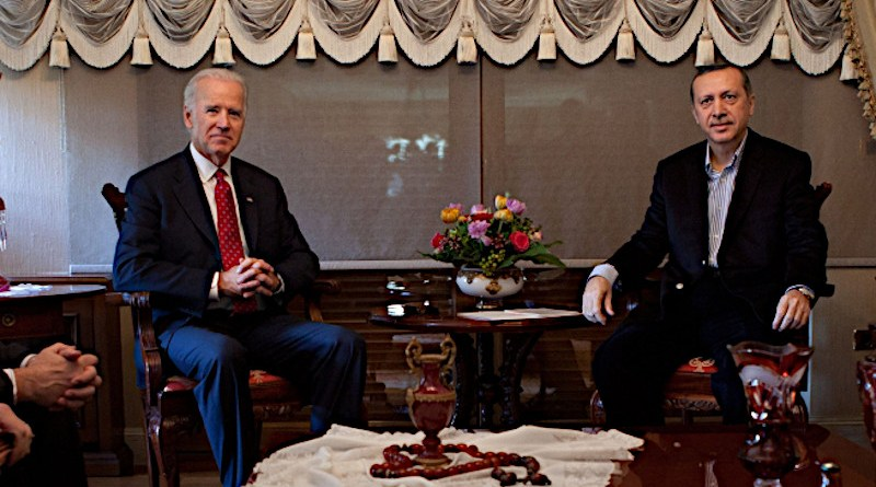 U.S. Vice President Joe Biden meets with Turkish Prime Minister Recep Tayyip Erdoğan at his home in Istanbul, Turkey. Official White House Photo by David Lienemann