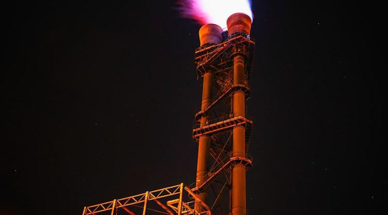 gas oil refinery flare