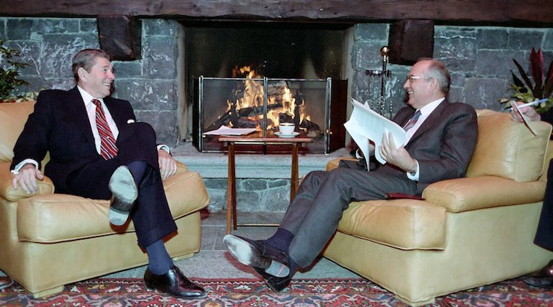 President Ronald Reagan and Soviet General Secretary Mikhail Gorbachev at The First Summit in Geneva Switzerland, 19 November 1985. Source: Wikimedia Commons.