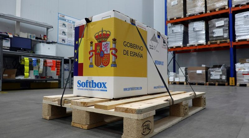 A handout photo made available by Spanish Prime Minister's Press Office shows the arrival of the first shipment of Pfizer COVID-19 vaccines at Pfizer logistic center in Guadalajara, central Spain, 26 December 2020. [Handout photo/EPA/EFE]