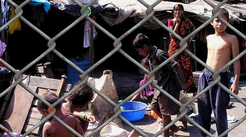 india slum poverty caste