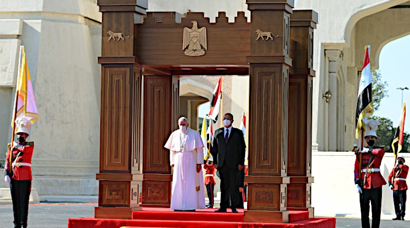 Iraq President Barham Salih with His Holiness Pope Francis at welcoming ceremony held at Baghdad Palace. Photo Credit: Iraqi Presidency