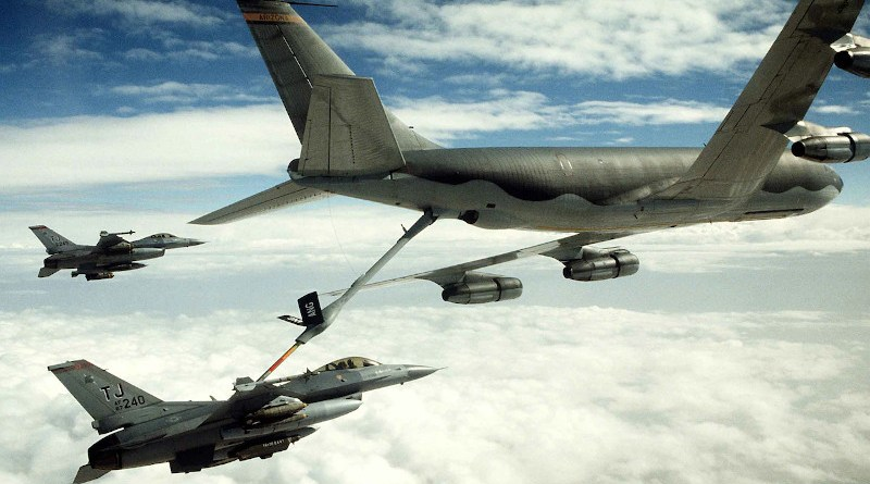 An Air Force 401st Tactical Fighter Wing F-16C Fighting Falcon aircraft refuels from a KC-135 Stratotanker aircraft as another F-16 stands by during Operation Desert Storm, Feb. 1, 1991. Photo Credit: US Air Force