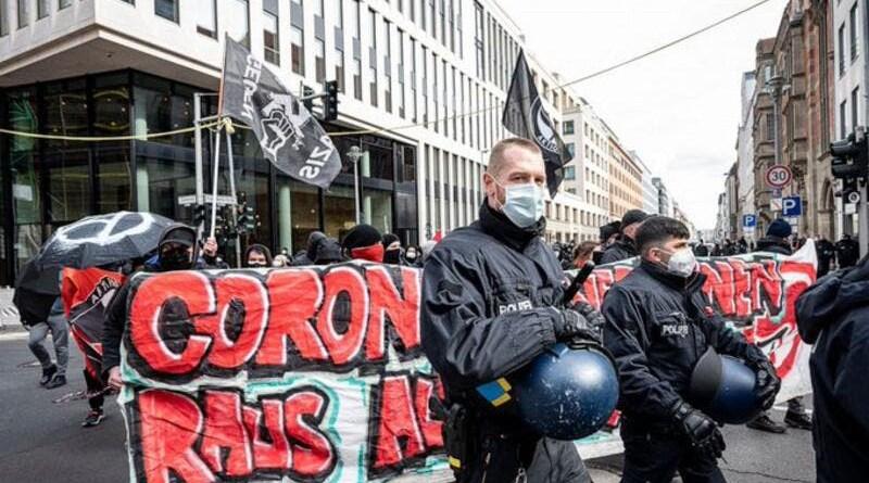 Protest again coronavirus lockdowns in Europe. (Twitter)