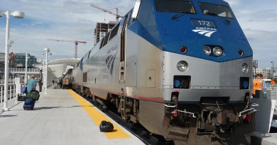Train Amtrak America Blue Train