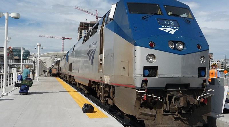 Train Amtrak America Blue Train