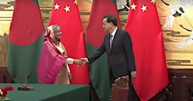 Bangladesh PM Sheikh Hasina and China PM Li Keqiang in Beijing, China. Photo Credit: VOA video screenshot