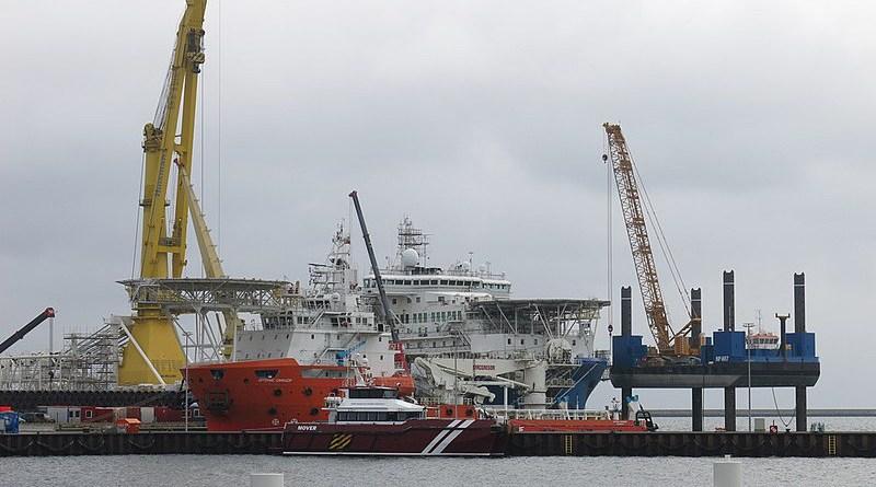 The Russian pipe-laying ship Akademik Tscherski. Photo Credit: Pedant01, Wikipedia Commons