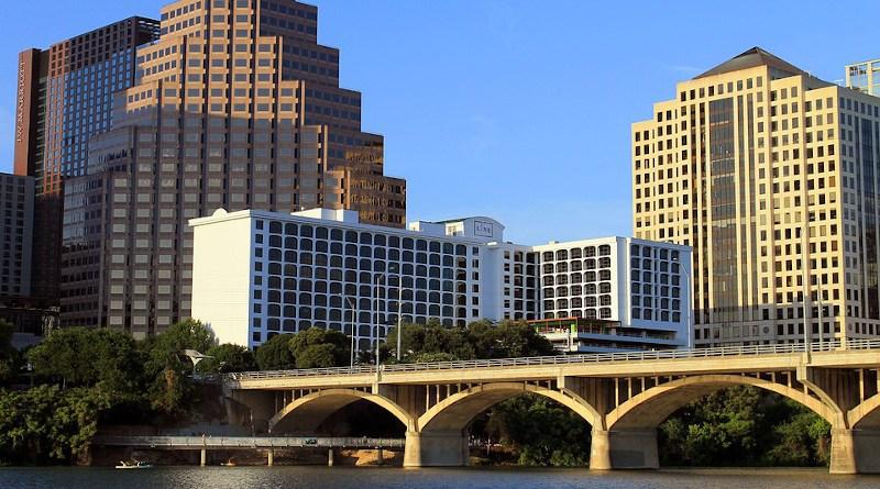 Austin Texas Tx Bridge Lake Skyline City
