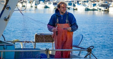 France Fisherman Boat Fish Net Fishing Harbor Sea