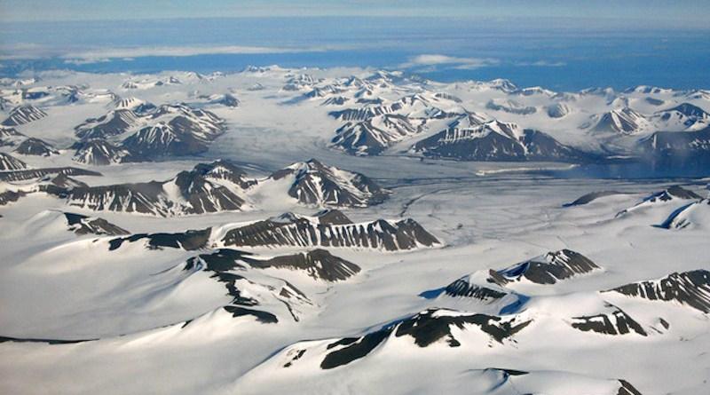 Svalbard archipelago. Photo Credit: Hannes Grobe, Wikipedia Commons