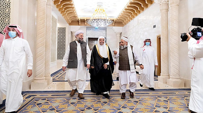 The signing of the 'Declaration of Peace in Afghanistan' was attended by MWL chief Mohammed bin Abdulkarim Al-Issa, Pakistan's Minister Islamic Affairs Noor Al-Haq Qadri, and Afghan Hajj Minister Mohammed Qasim Halimi. (SPA)