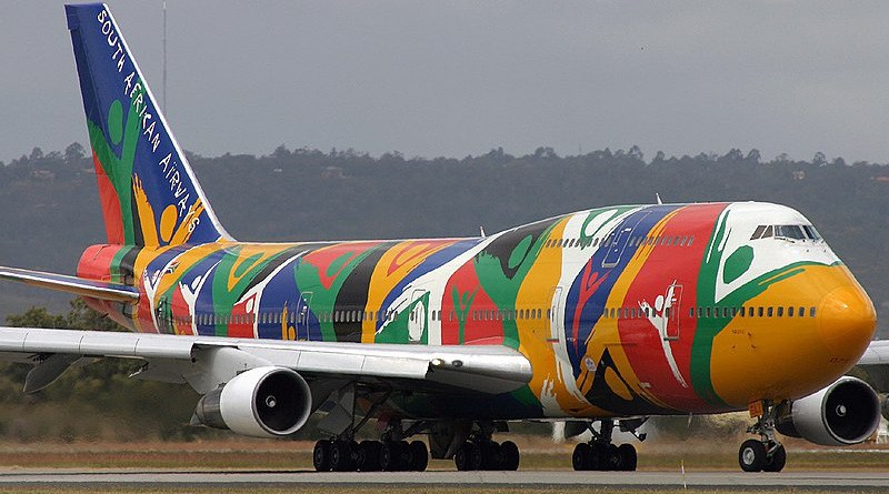 A South African Airways (SAA) airplane. Photo Credit: Montague Smith, Wikipedia Commons