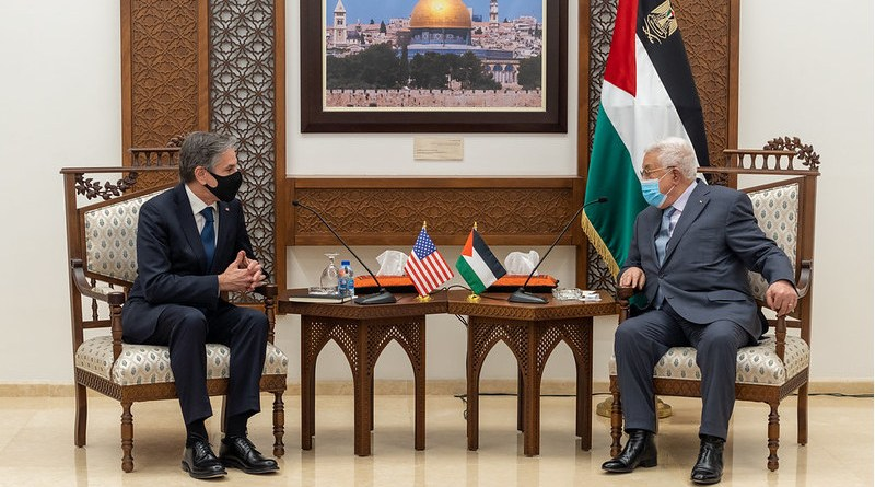Secretary of State Antony J. Blinken meets with Palestinian Authority President Mahmoud Abbas and Palestinian Authority Prime Minister Mohammad Shtayyeh, in Ramallah, the West Bank, on May 25, 2021. [State Department photo by Ron Przysucha/ Public Domain]
