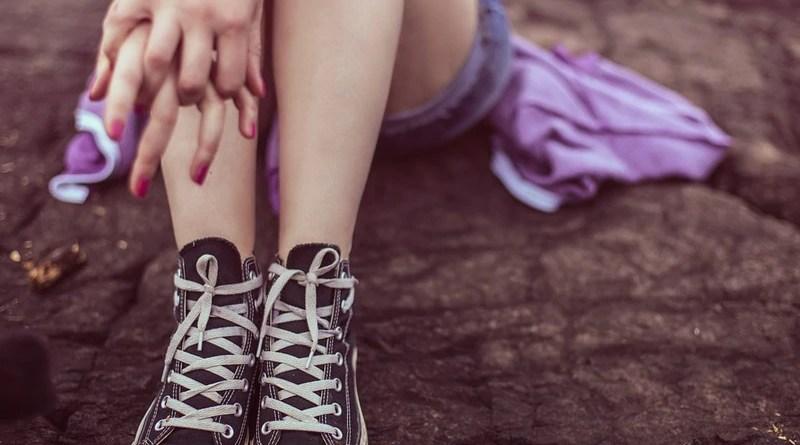 teen girl shoes converse