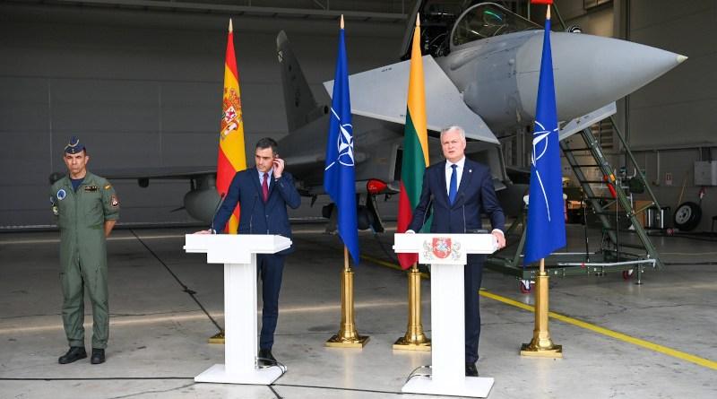 Spain's Prime Minister Pedro Sanchez and Lithuania's President Gitanas Nauseda. Photo Credit: Office of the President of the Republic of Lithuania, photo by Robertas Dackus