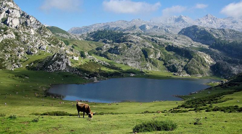 Pyrenees spain mountains lake