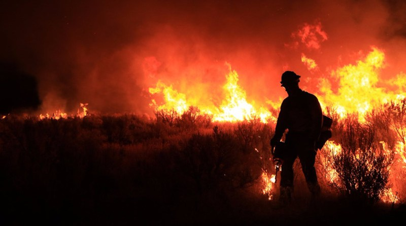 A firefighter in Idaho works after dark in 2008. Idaho is one of the places that the new study finds that the drying power of nighttime air has increased dramatically over the past 40 years. CREDIT: Idaho Bureau of Land Management