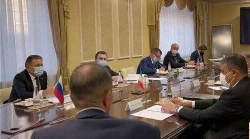 Head of the Atomic Energy Organization of Iran (AEOI) Mohammad Eslami (right) with Director General of Russia's Rosatom State Nuclear Energy Corporation Alexey Likhachev. Photo Credit: Tasnim News Agency