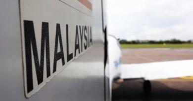 malaysia travel airplane