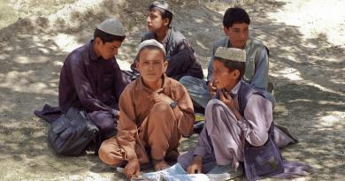 Boys Schoolboys Bamozai Afghanistan Muslims Islam