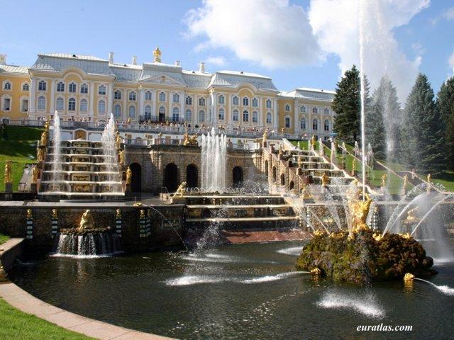 https://i2.wp.com/www.euratlas.com/Atlas/russia/peterhof_palace.jpg