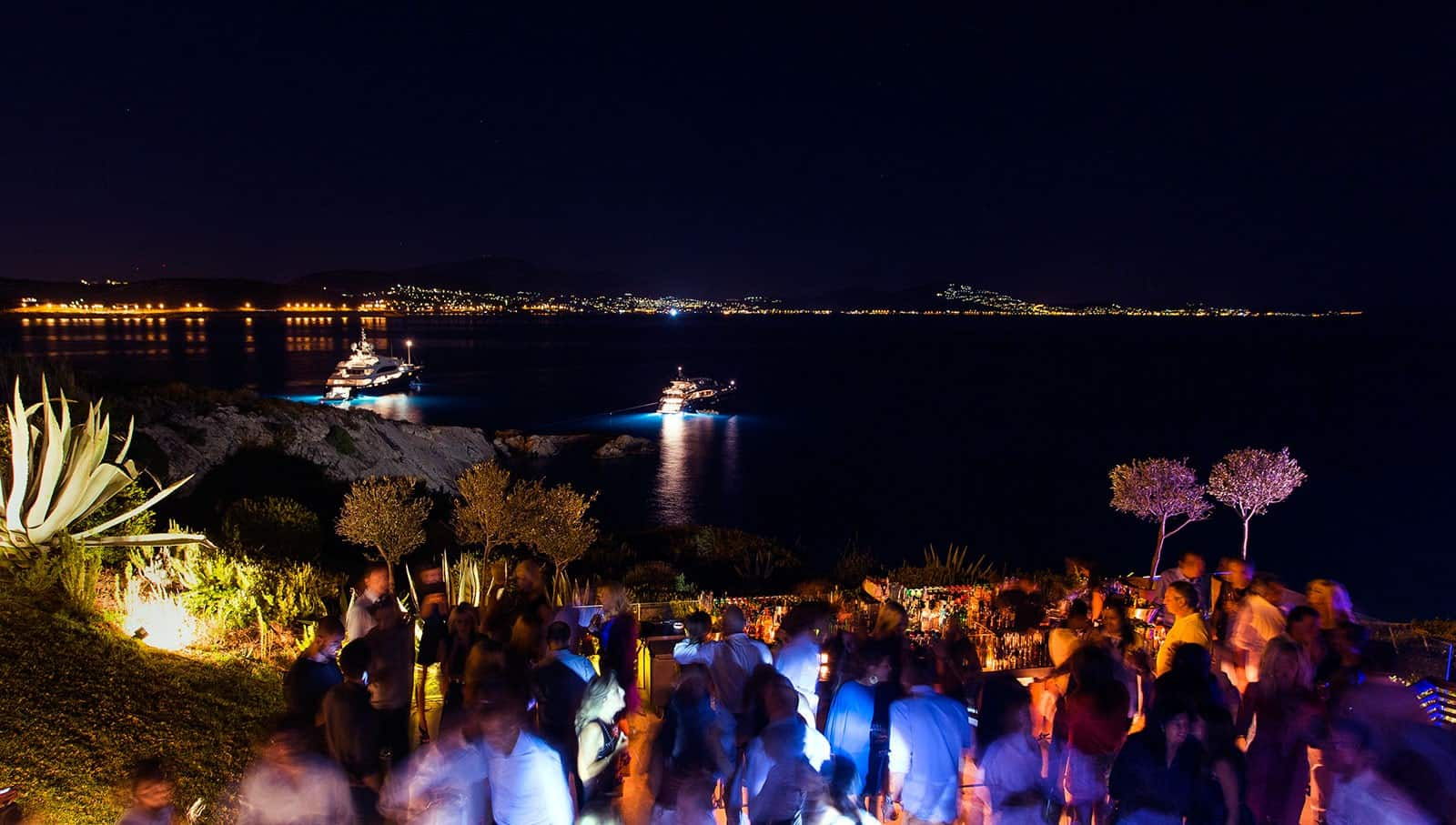Exclusive night clubs in Athens
